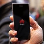 Huawei concurează Samsung şi Apple, cu o creştere a vânzărilor de smartphone-uri de 63% în T3 2015