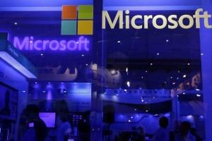 Microsoft se reorganizează pentru a susține afacerile de tip Cloud și de inteligență artificială