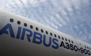 Primele două avioane A380 produse vreodată vor fi retrase pentru a fi vândute pe bucăți