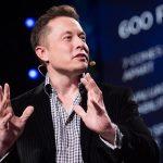 Elon Musk creează Neuralink: dorește să conecteze creierul uman la computer, pe modelul Matrix