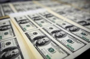 Miliardarii lumii păstrează munţi de bani în numerar