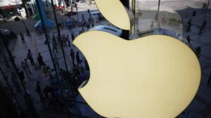 Capitalizarea Apple urcă la un nou record, de 701 mld. dolari