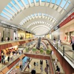 CBRE: Vânzările din mall-urile din Bucureşti, mai mari cu până la 2.000 euro/mp faţă de cele din alte oraşe