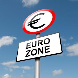 OCDE: Problemele din zona euro reprezintă o ameninţare majoră asupra economiei globale