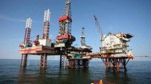 A fost adoptată Legea care stabileşte cum se exploatează gazele din Marea Neagră. 50% din producţie va fi tranzacţionată pe piaţa din România / Dragnea: Nu putem accepta să fim dependenţi energetic de ruşi