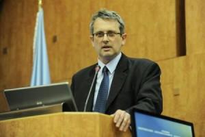 Valentin Lazea, BNR: România riscă să rateze 3 din cele 5 criterii principale de aderare la Zona Euro