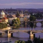 Cehia: Banca Centrală a renunțat să apere nivelul de 27 al coroanei față de euro, pe model al Elveției
