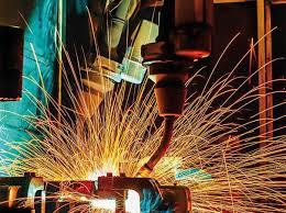 INS: Producția industrială a crescut cu peste 8% în primele zece luni din 2017