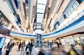 Administratorii Sun Plaza au investit 30 de milioane de euro în renovarea centrului comercial