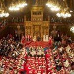 Camera Lorzilor respinge planul Brexit prezentat de Guvern, cerând protejarea cetăţenilor UE