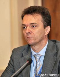 """Vă place în """"gaotie""""*? Chiar și pe un terasament românesc? (opinie, de Radu Crăciun)"""