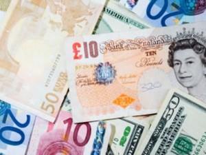 Rezultat referendum BREXIT: Lira sterlină şi bursele, în declin puternic