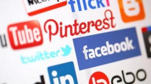 "Dezbateri ""in tacere"" pe retelele sociale – ""social media"""