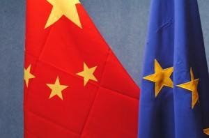 Comisia Europeană a decis să impună taxe antidumping de până la 68% pentru panourile solare importate din China