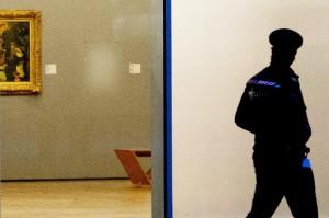 Dogaru şi Darie, condamnați la şase ani şi opt luni de închisoare în cazul furtului celor 7 tablouri de la Muzeul Kunsthal