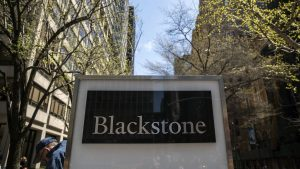 BlackRock vs Blackstone
