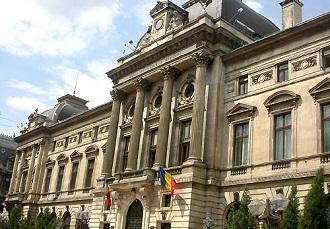 """4 miliarde de euro au fost aduse in Romania de actionarii straini ai Bancilor, in timp ce guvernele si opinia publica """"tipau"""" ca bancile scot bani din tara – Adrian Vasilescu"""