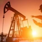 Prețul petrolului rămâne peste pragul de 50 de dolari barilul