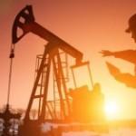 Prețul petrolului a urcat peste 51 de dolari barilul