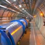 LHC reia coliziunile de particule, în încercarea de a găsi materie întunecată