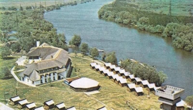Lebăda din Crişan – Delta Dunării – complex turistic redeschis după o investiţie de 20 mil. euro în renovare şi reclasificare la 5 stele