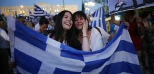 """Poate grecii au votat """"DA"""" pentru taierea propriilor depozite din banci si vor afla asta in cateva zile"""