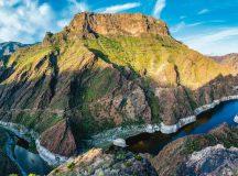 Risco Caido și Munții Sacri din Gran Canaria, Spania: stânci, râuri și formațiuni vulcanice într-un peisaj cu o bogată biodiversitate. Sursa: UNESCO