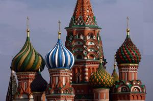 Rusia a inceput anul 2014 atacand militar si l-a sfarsit avariata economic