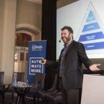 Start-up-ul romanesc UiPath a atras o finantare de 30 de milioane de dolari. Echipa fondatorului Daniel Dines dezvolta roboti software