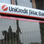 UniCredit intenționează să lanseze o emisiune de 13 mld euro și să elimine 14.000 de locuri de muncă