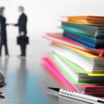 Legea achizitiilor publice va fi modificata, cu acordul CE