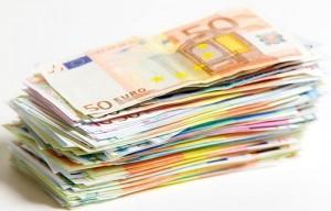 Cum și de ce dă România cu piciorul la banii europeni