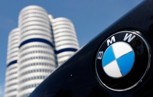 bmw-logo-with-headquarters