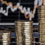 Datoria publică – împrumutăm mai mult decât restituim. Datoria crește sau scade?
