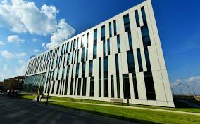 Spații de birouri: 88% din cele din București și 70% din Cluj sunt de închiriat, restul – de vânzare
