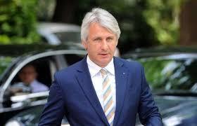 O nouă lege a achizițiilor – Eugen Teodorovici: statul nu mai așteaptă soluția definitivă a contestației și va plăti, eventual, despăgubiri firmei dezavantajate