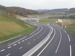 Autostrada Unirii: Proiectul Iași-Tg. Mureș, de realizat în maximum 4 ani, inițiat de parlamentari de la toate partidele, mai puțin ALDE