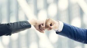 FOCUS: Tranzacțiile cu afaceri ale anului 2017, de la imobiliar la tehnologiile de ultimă oră