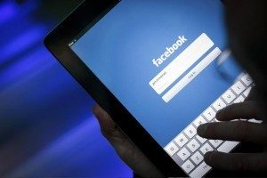 Record de conturi false șterse de Facebook