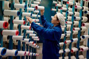 Automatizarea in industria vestimentara va readuce productia la nivel regional