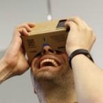 Google lanseaza noul sau dispozitiv de realitate virtuala, din carton