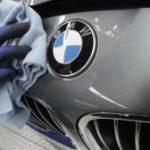 BMW rămâne lider pe piaţa maşinilor de lux, după ce a înregistrat vânzări record în 2013