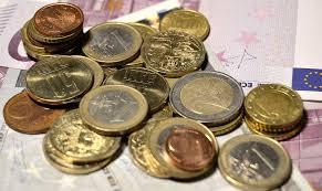 Băsescu: Data optimă pentru adoptarea monedei euro este 2017