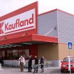 Kaufland mai face un depozit cat un teren de fotbal, la Turda