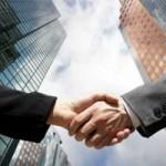 Megatranzacţiile de pe piaţa de fuziuni şi achiziţii ating un nou record, de 1.190 mld. dolari