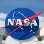 NASA: Doi sateliţi ai planetelor Jupiter şi Saturn ar putea deţine condiţii optime pentru dezvoltarea vieţii. Enceladus are toate ingredientele-cheie pentru viaţa terestră