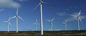 La jumătatea anului 2013, capacitatea instalată a centralelor solare este sub o cincime față de cele eoliene