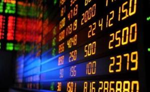 Bloomberg: Declinul din ultimele 15 luni al preţurilor materiilor prime începe să semene cu o criză