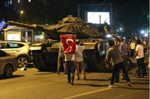 Lovitură de stat în Turcia: Lira turcească înregistrează cea mai mare scădere în ultimii opt ani