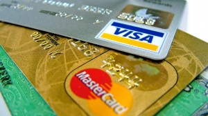 Comisioanele interbancare aplicate la carduri în România sunt cele mai mari din Europa